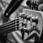 ギター ベース用チューナーの使い方やタイプ別特徴とおすすめモデル【初心者必見】